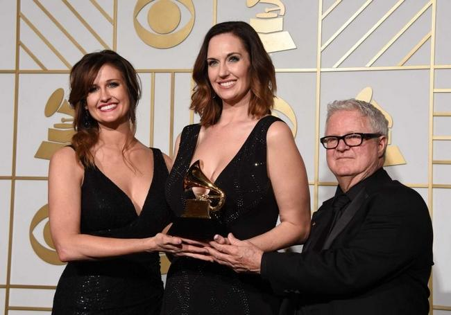 Shauna Dodds, Sarah Dodds and Dick Reeves - Grammy Winners 2016